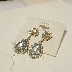 NWT Diamond-look Dangling Earrings